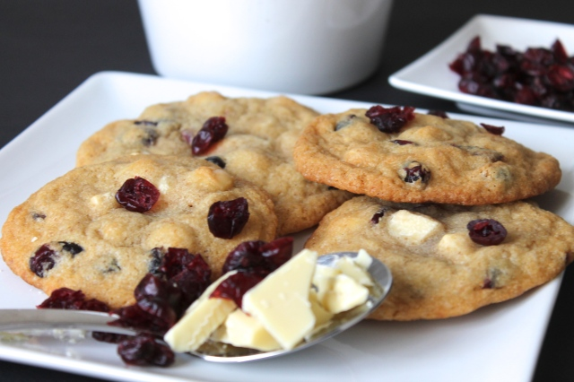 cranberry-macadamia-cookies-recipe